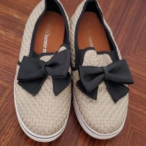 Bernie Mev Gold Mesh Woven Loafers with Black Bow